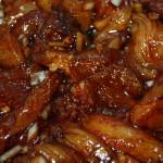 Mariniertes Huhn für Satay-Spieße