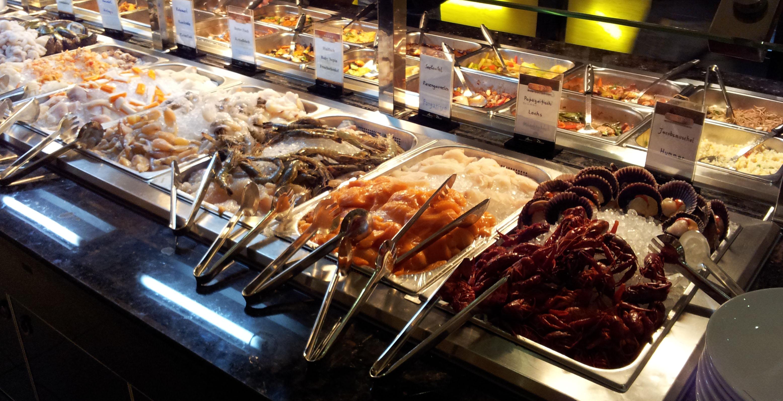 Auswahl an frischem Fisch